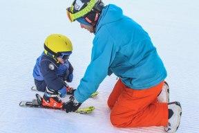 Ar bērnu uz kalna - Rafaels slēpo / Val di Sole, Temu, 2018