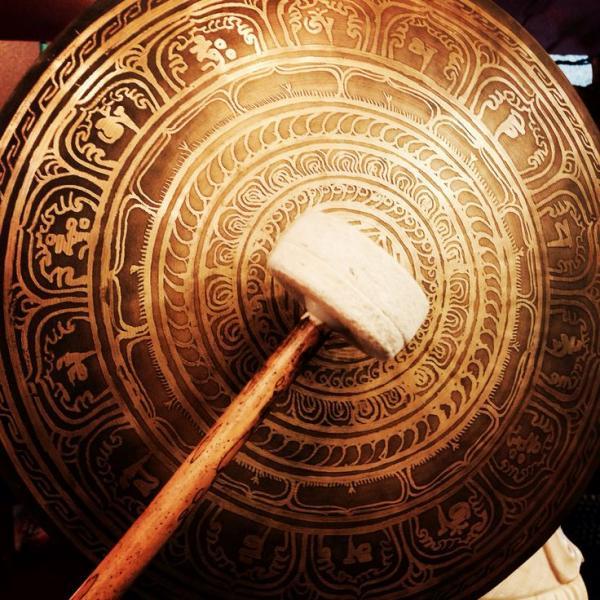 gongu meditācija
